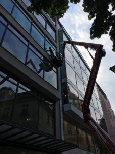 Instalace folie Hellios Jungmanonovo náměstí Praha
