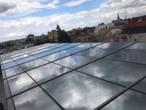 Instalace okenní fólie OC Breda Opava